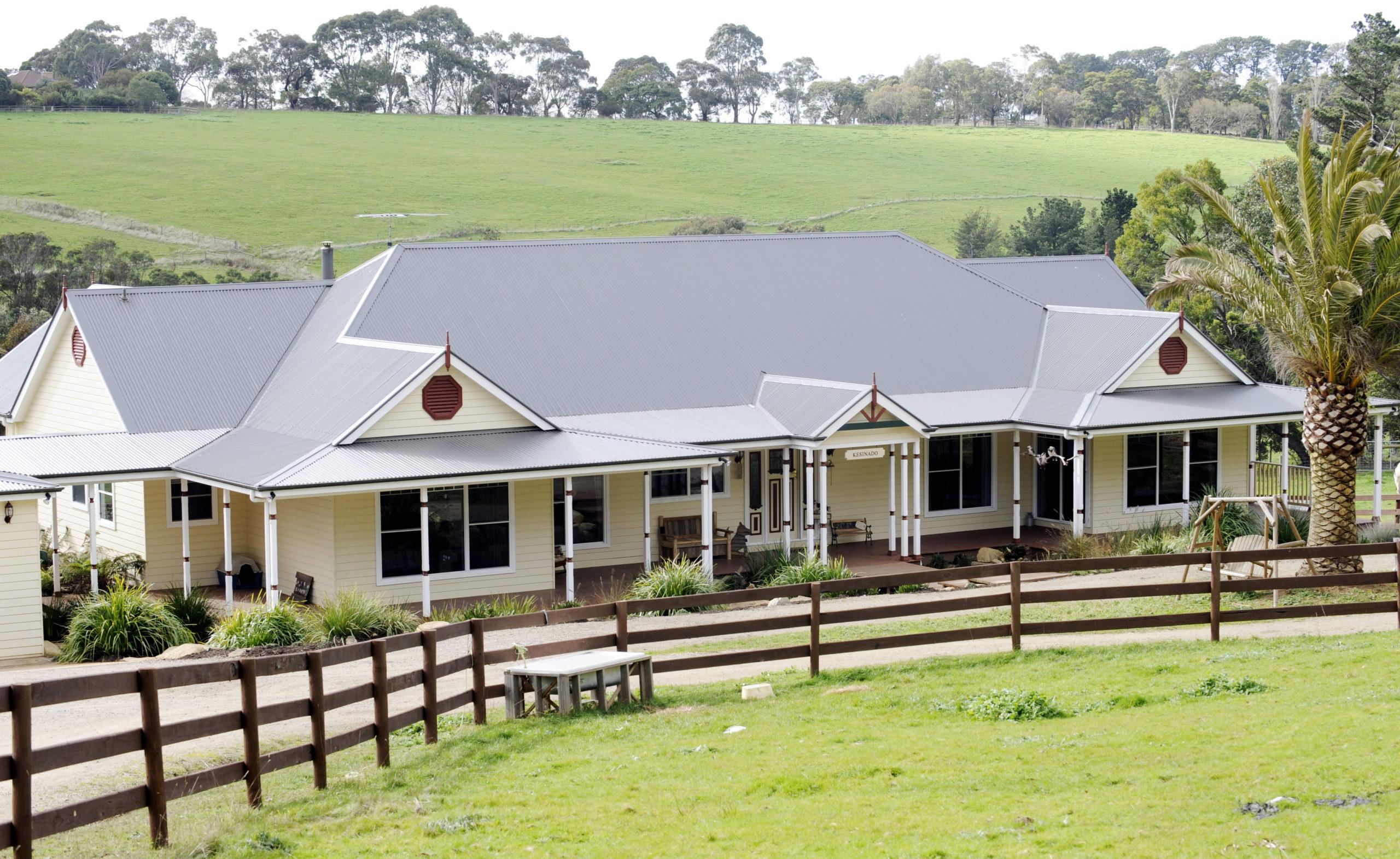 Ferny Hill Merricks - Traditional Custom Design built by Farm Houses of Australia
