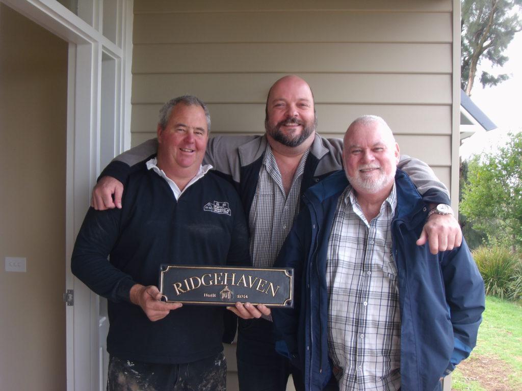 RidgeHaven - Alex and Wayne with Doug the builder - Farm Houses of Australia